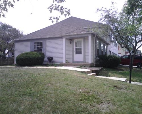 461 James Ct #APT a, Glendale Heights, IL