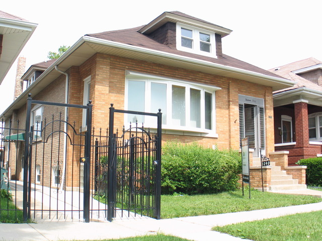 1340 N Waller Ave, Chicago, IL