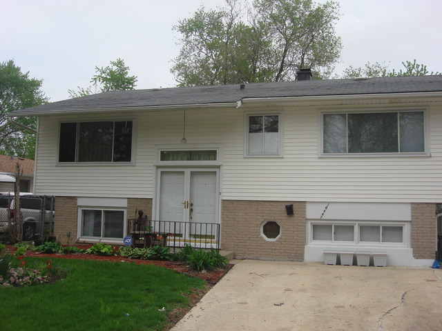 16447 Marshfield Ave, Markham, IL