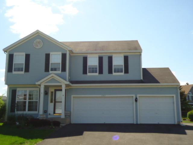1363 Burke Ln, South Elgin, IL