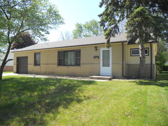 123 E Berkley Ln, Hoffman Estates, IL