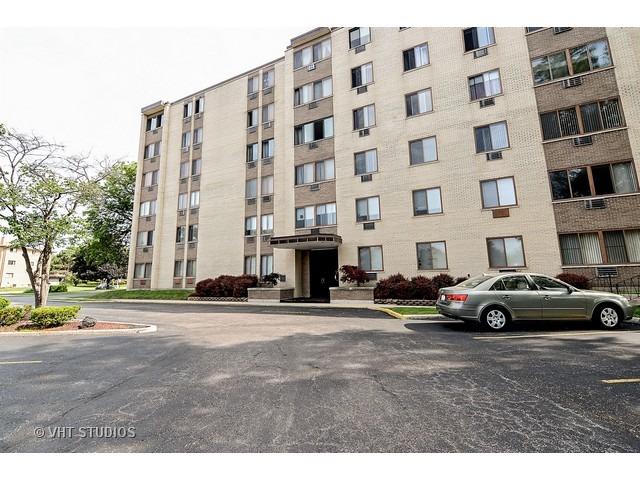 9725 S Karlov Ave #APT 501, Oak Lawn, IL
