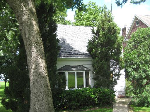 528 Circle Dr, Fox Lake, IL