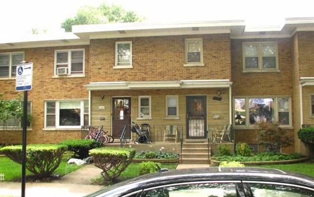 6447 N Whipple St, Chicago, IL