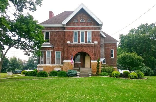 1303 W 3rd St, Sterling, IL