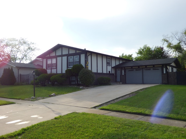 4170 189th St, Country Club Hills, IL