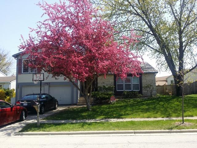 1763 N Devon Dr, Glendale Heights, IL