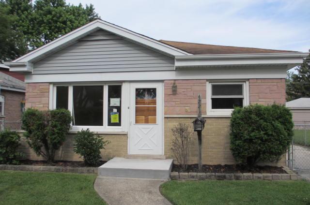 4221 Elm Ave, Lyons, IL