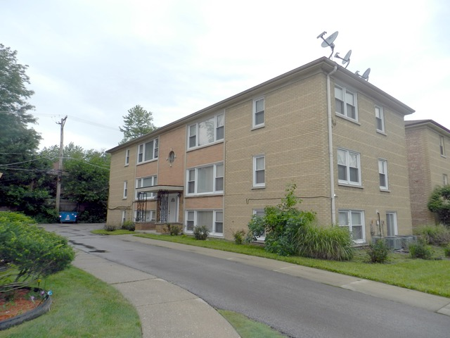 10552 S Walden Pkwy #APT 2w, Chicago, IL