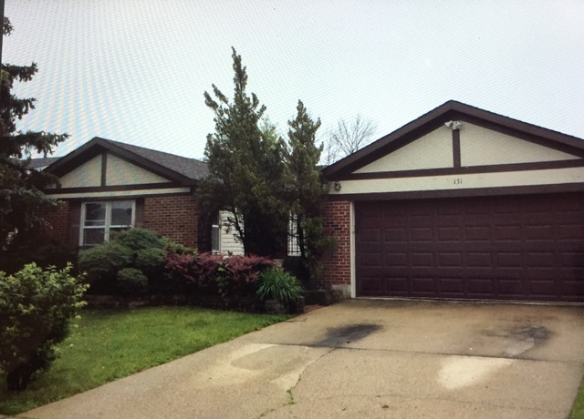 131 Saratoga Dr, Glendale Heights, IL