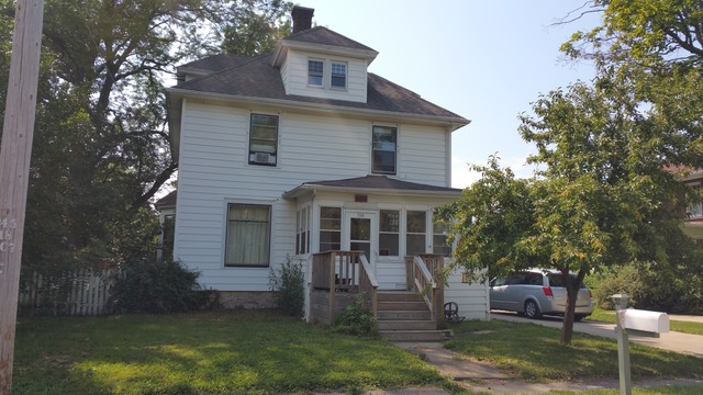 520 S Grant St, Earlville, IL