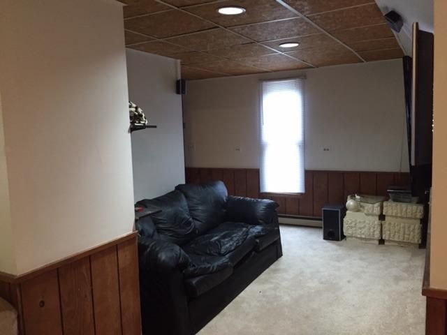 719 Villa St, Elgin, IL