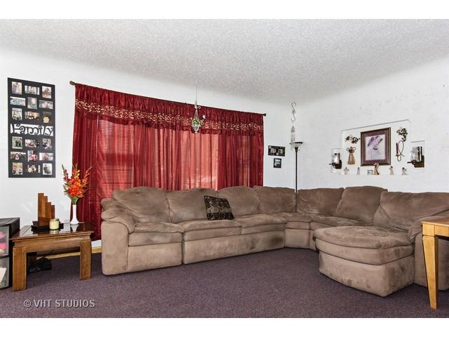 7658 S Lawler Ave, Burbank, IL