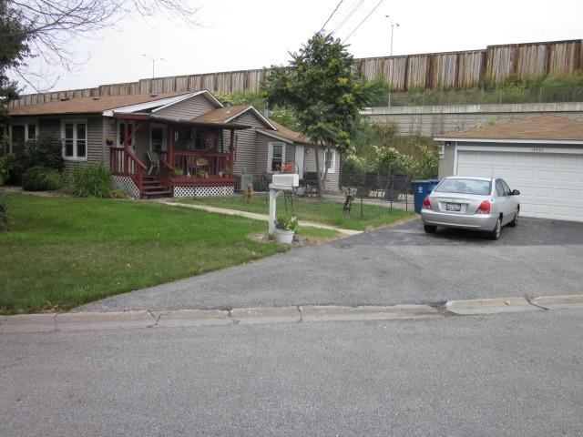 14336 Waverly Ave, Midlothian, IL