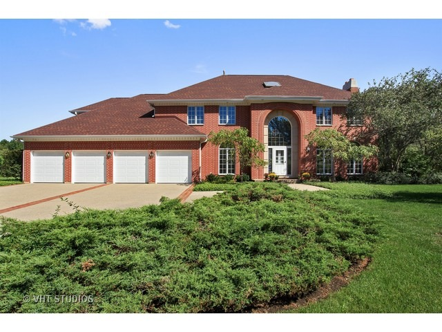 2555 Tennyson Ln, Highland Park, IL