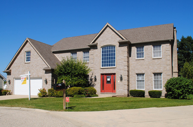 2882 N Southern Hills Dr, Wadsworth, IL