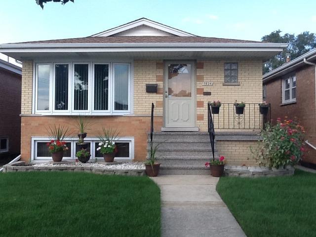 7834 Leamington Ave, Burbank, IL