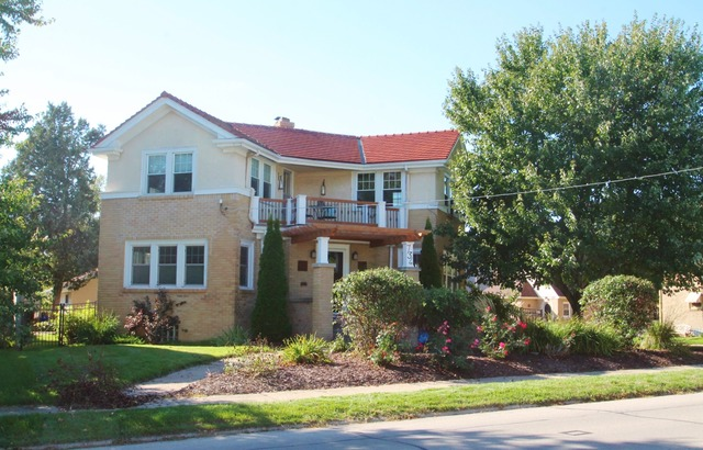 734 Parkview Ave, Rockford, IL