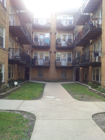 4818 N Avers Ave #APT gw, Chicago, IL