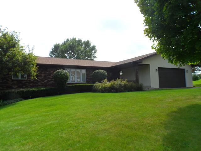 3093 N Silver Ridge Dr, Oregon, IL