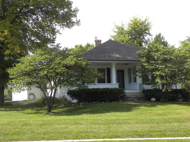 934 N Main St, Glen Ellyn, IL