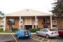 8997 Kennedy Dr #APT 106F, Des Plaines, IL