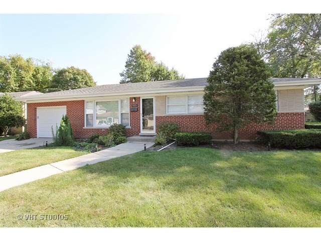 523 S Rammer Ave, Arlington Heights, IL