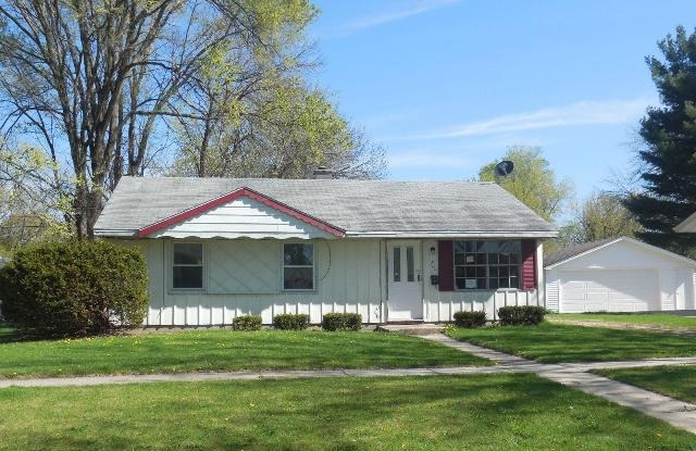 1204 Ramona Ter, Machesney Park, IL