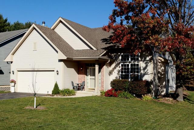 207 Griffin Pl, Poplar Grove, IL