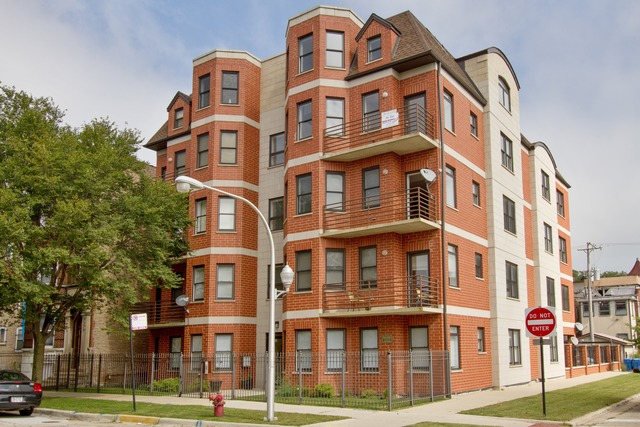 4755 S St Lawrence Ave #APT b3, Chicago, IL