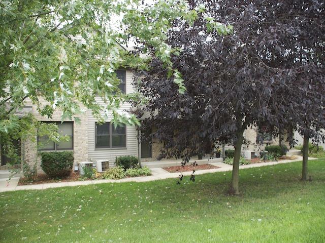 1855 Bright View Dr #APT 1, Loves Park, IL