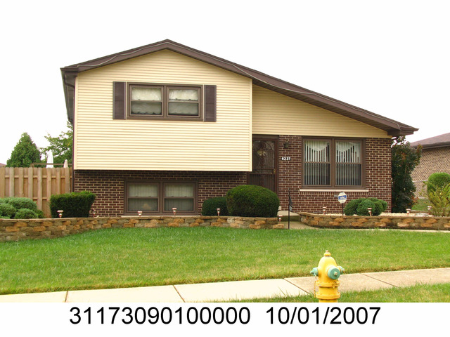 6237 Streamwood Ln, Matteson, IL