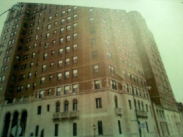 6700 S Crandon Ave #APT 11b, Chicago, IL