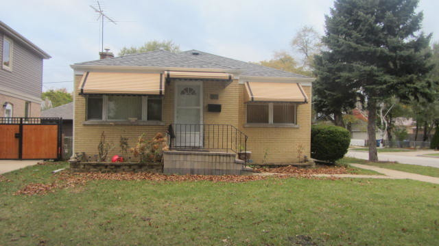 3050 Sarah St, Franklin Park, IL