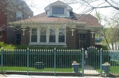 4059 W Oakdale Ave, Chicago, IL