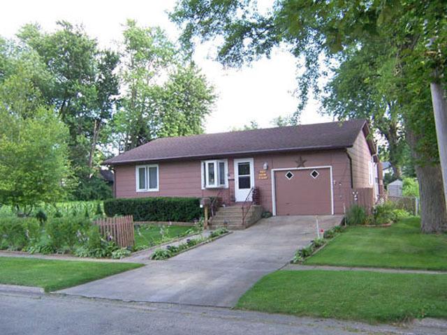 307 W Front St, Mount Morris, IL