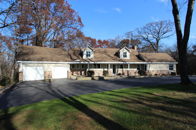 3216 Cherry Valley Rd, Crystal Lake, IL