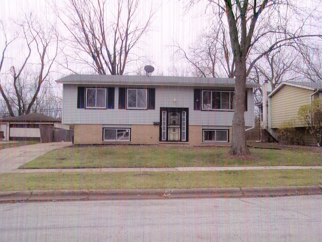 217 Hickory St, Park Forest, IL