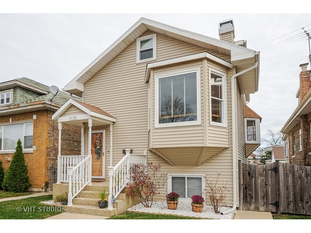 3729 N Oleander Ave, Chicago, IL