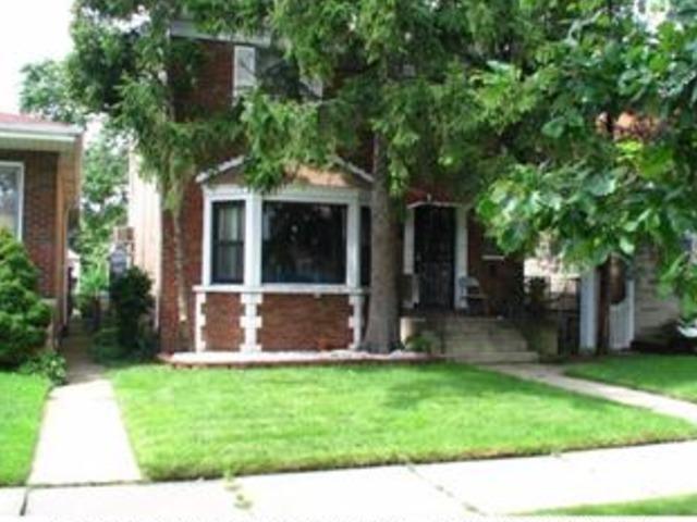 8916 S Euclid Ave, Chicago, IL
