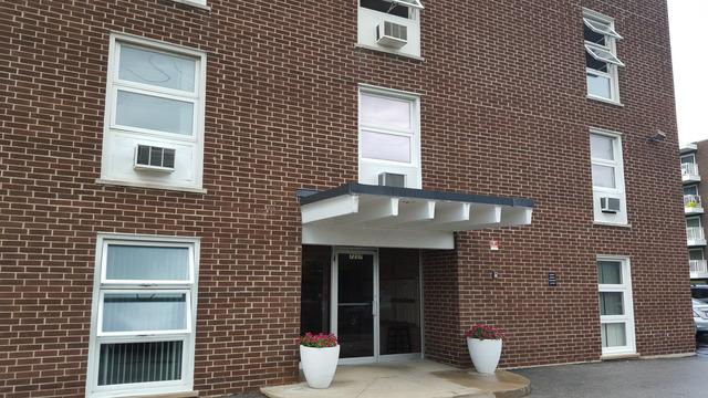 7227 W Higgins Ave #APT 201, Chicago, IL