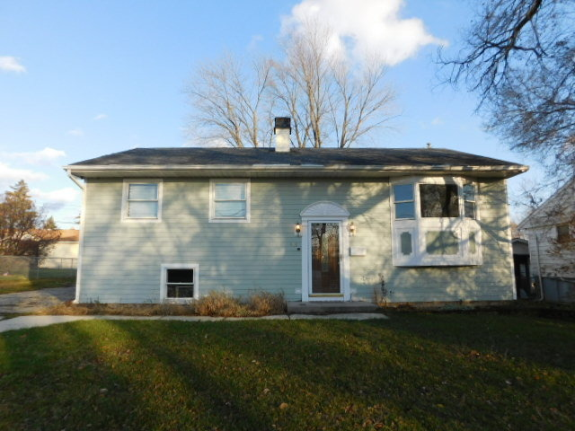 418 N Farrell Rd, Lockport, IL