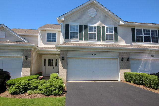 448 Windham Cove Dr, Crystal Lake, IL