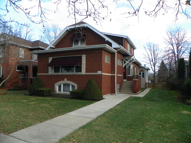 5809 N East Circle Ave, Chicago, IL