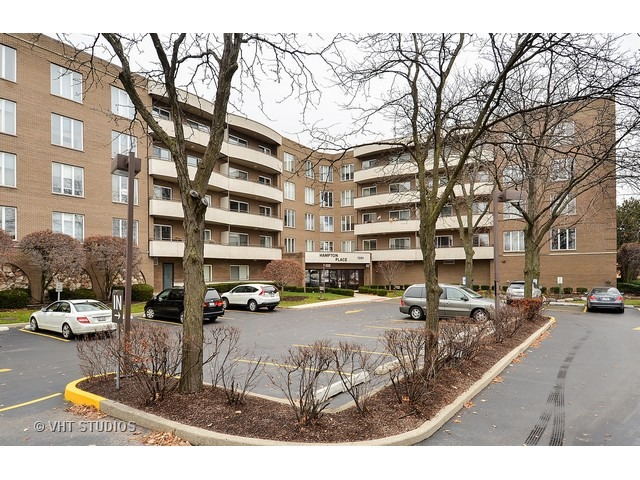 7201 N Lincoln Ave #APT 508, Lincolnwood, IL