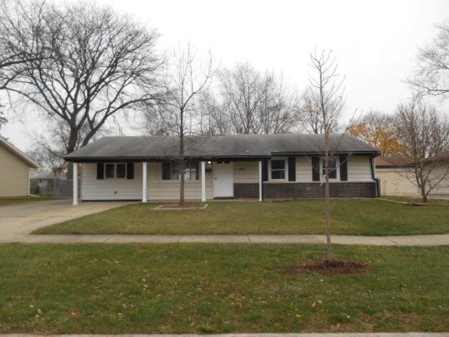 119 Standish Ln, Schaumburg, IL