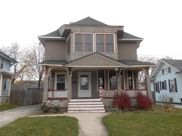 475 Arlington Ave, Elgin, IL