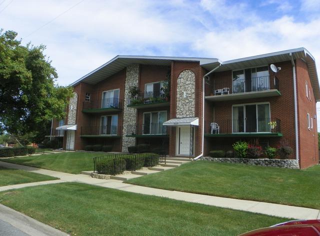 9605 S Komensky Ave #APT 102, Oak Lawn, IL