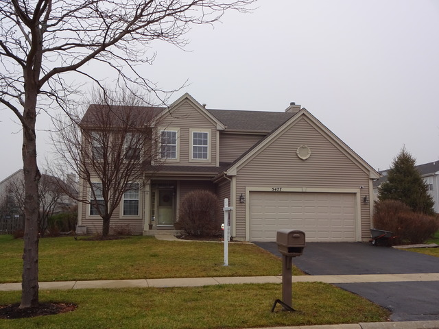 5477 Mckenzie Dr, Lake In The Hills, IL