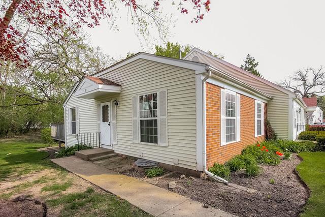 20 Bright Oaks Cir, Cary, IL